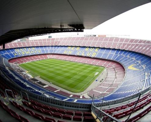 F.C.Barcelona Fans: Visita Guiada al Camp Nou Experience con Brunch - Aperitivo